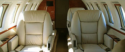 Innenansicht der Hawker 1000 Private Jet