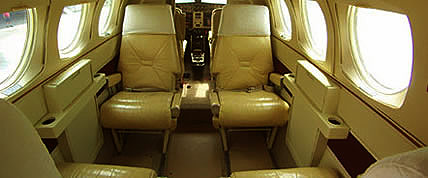 Innenansicht der King Air 90 Private Jet